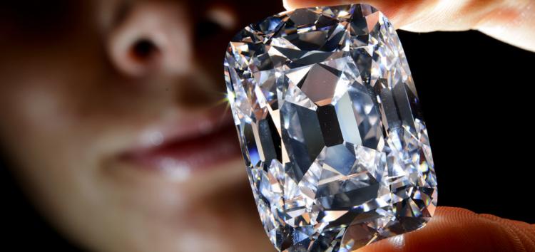 Драгоценности Scarlett: за соковыжималку можно получить бриллианты