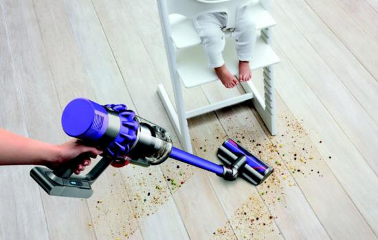 Dyson V10 — беспроводной пылесос с мощностью всасывания проводного